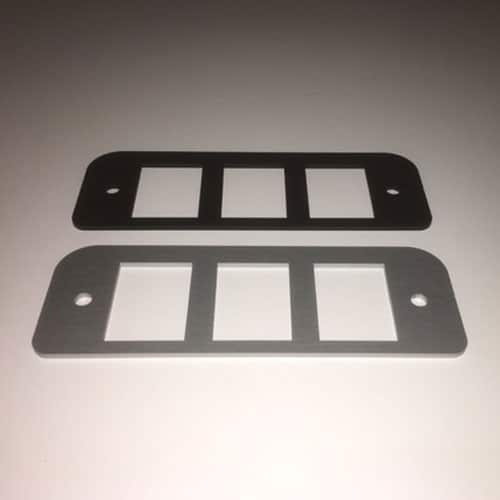 Landrover Defender & S111 Switch Plate
